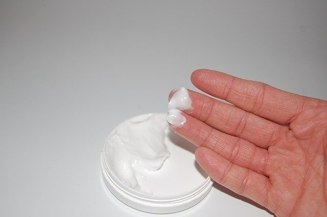 Lack of lubrication causes dry skin on penis