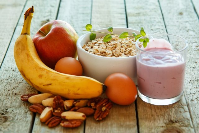 Female Weight Gain: Healthy breakfast on the kitchen table