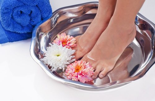 Peeling feet: warm water