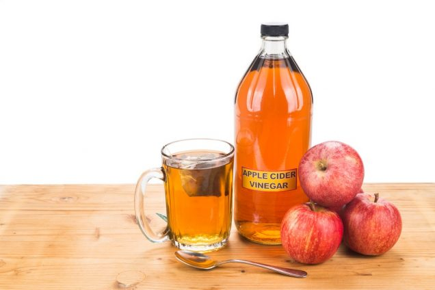 How apple cider vinegar helps in treating Molluscum Contagiosum?