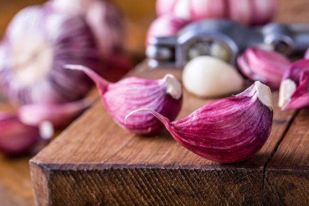 Molluscum Contagiosum: Garlic